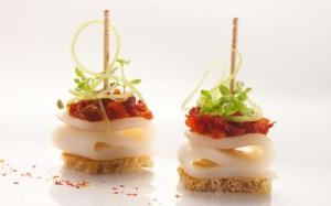 crostini-di-calamari-pomodori-e-puntarelle
